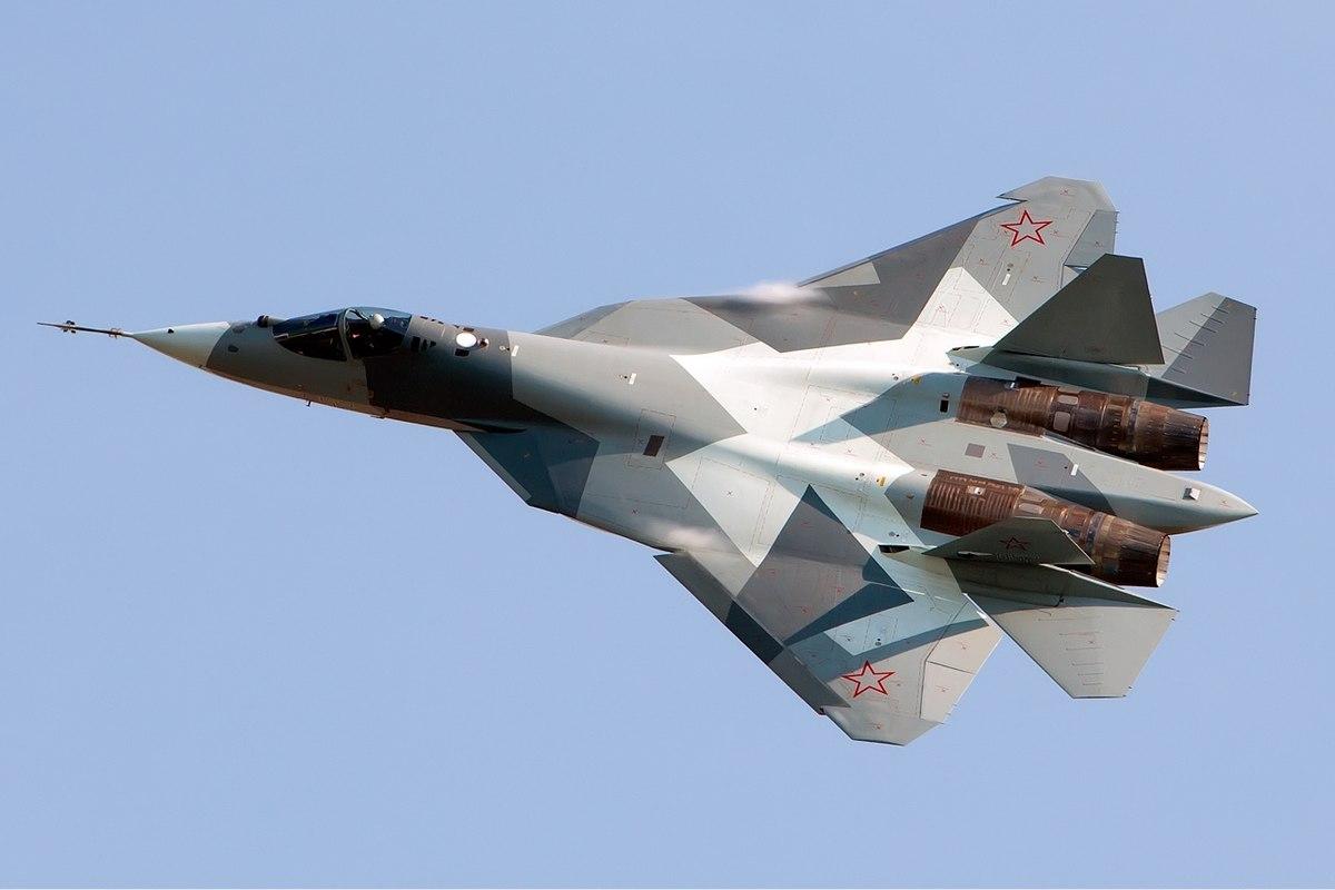 1200px-Sukhoi_T-50_Beltyukov