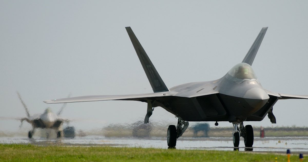 F-22 deployed to 27th fighter squadron