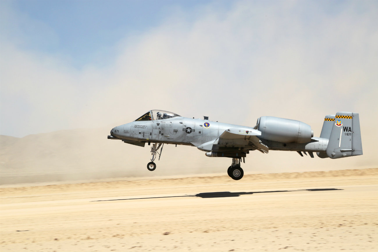 A-10 Images Aircraft sandy landing