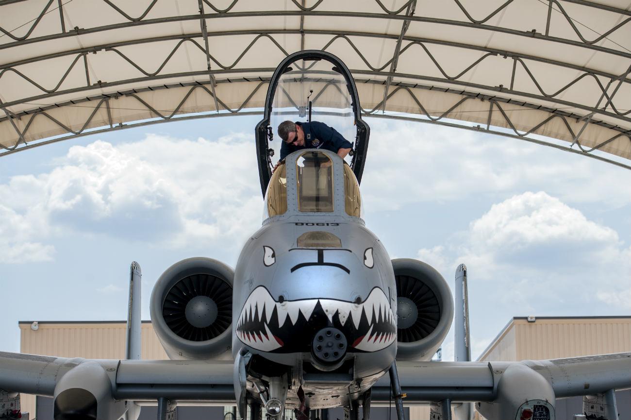 A-10 Front Maintenance