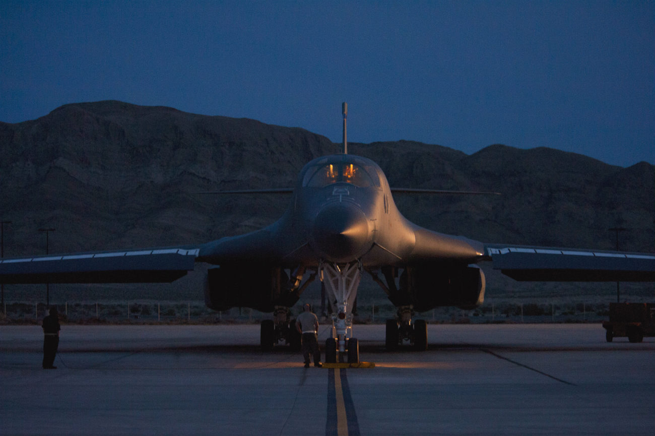 B-1b images Lancer parked night