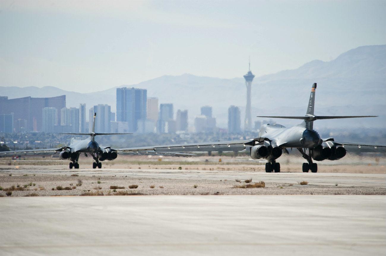 B-1b Lancer tails