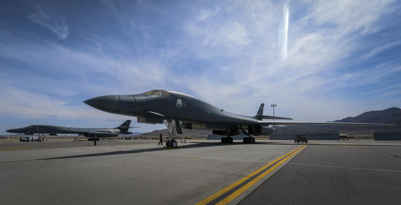 B-1b Lancers parked