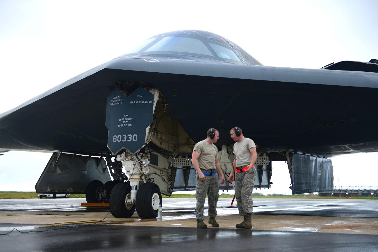 B-2 Images Spirit Aircraft inspections