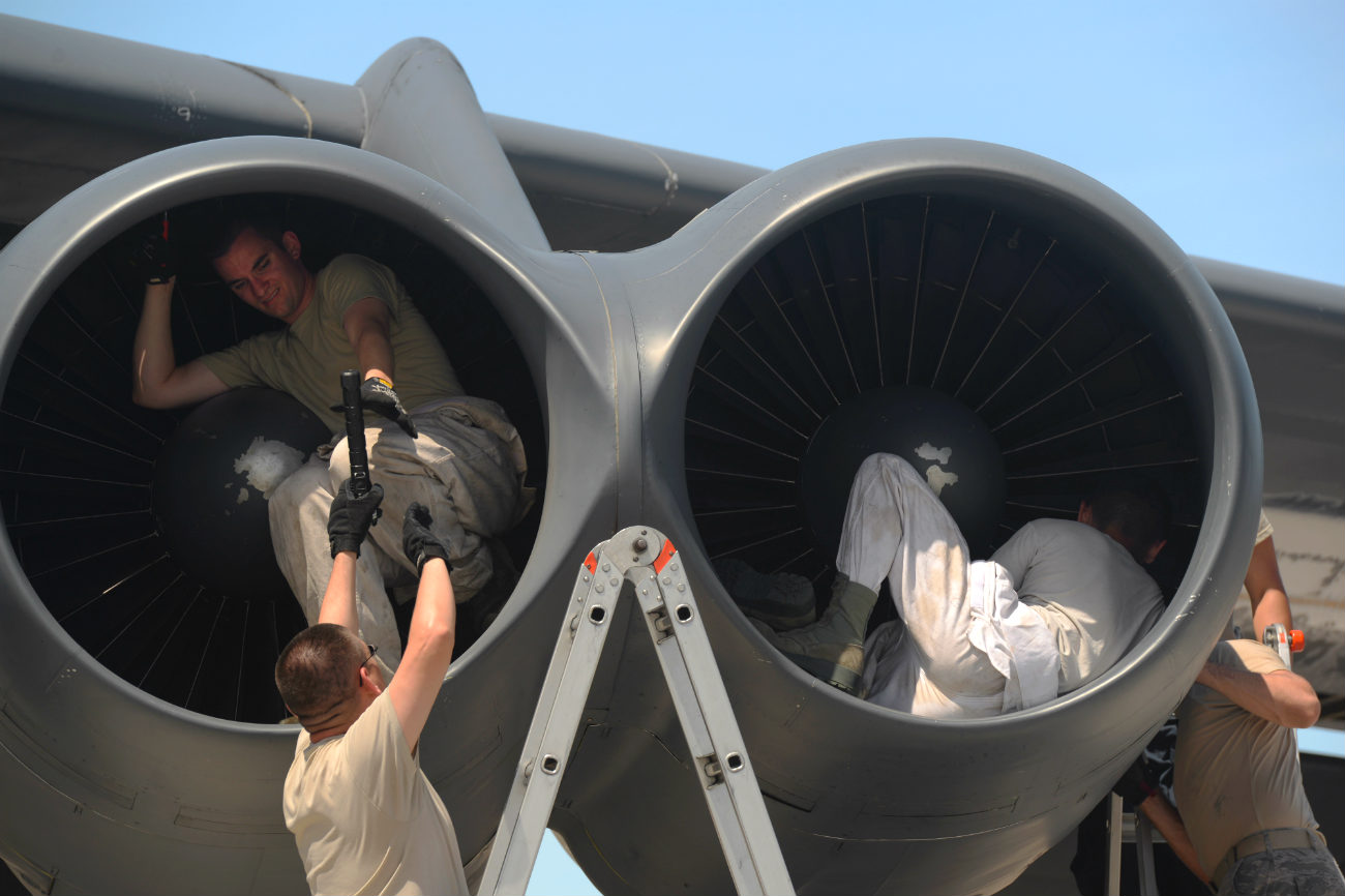 B-52 Aircraft Engine check