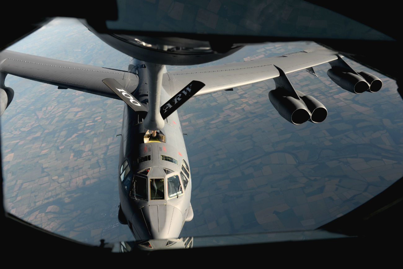 B-52 Stealth Aircraft Refueling