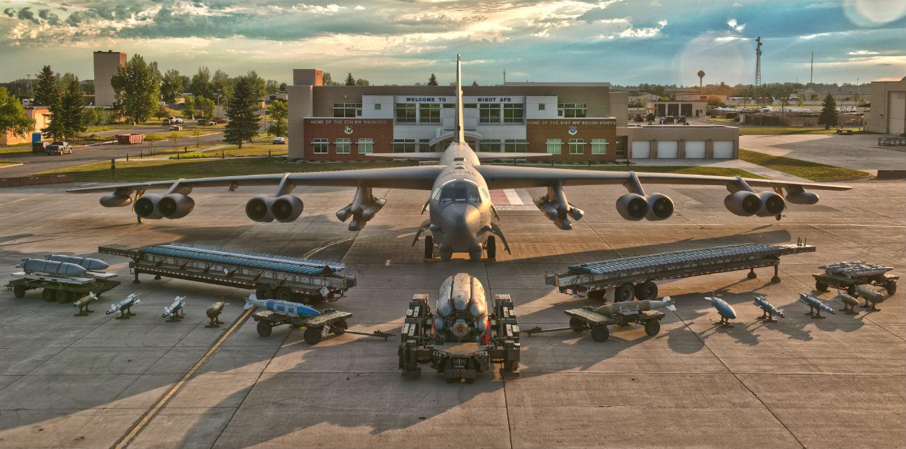 B-52 Stealth Bomber Bomb display