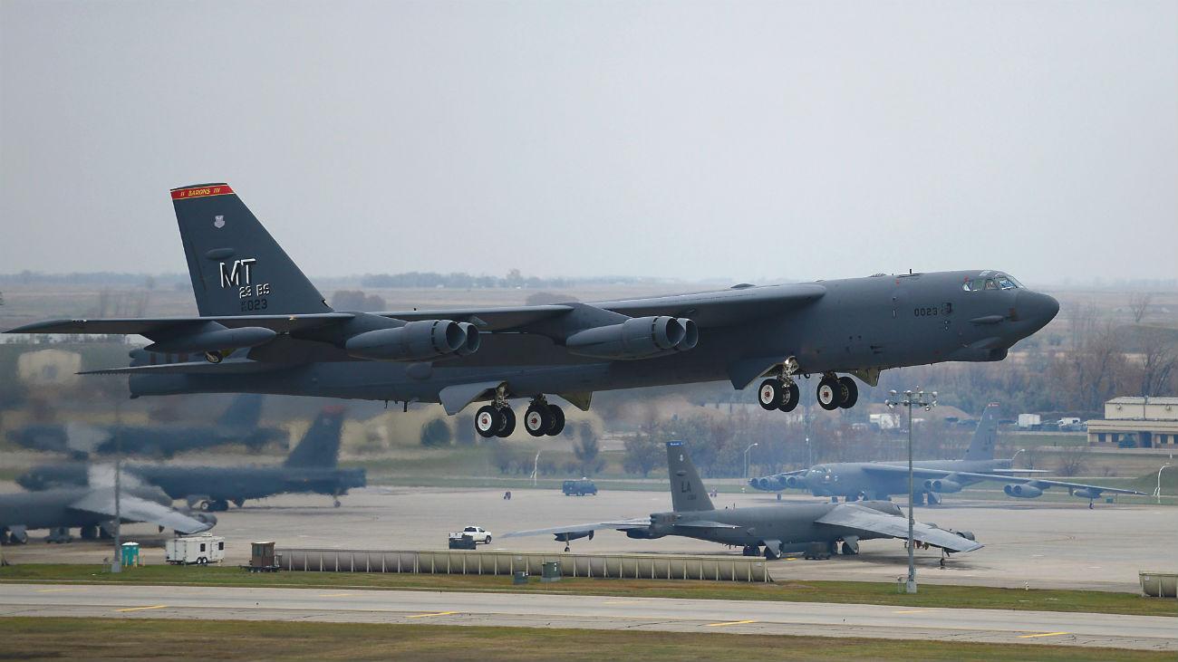 B 52 Stealth Bomber B-52 Stealth Bomber Ai...