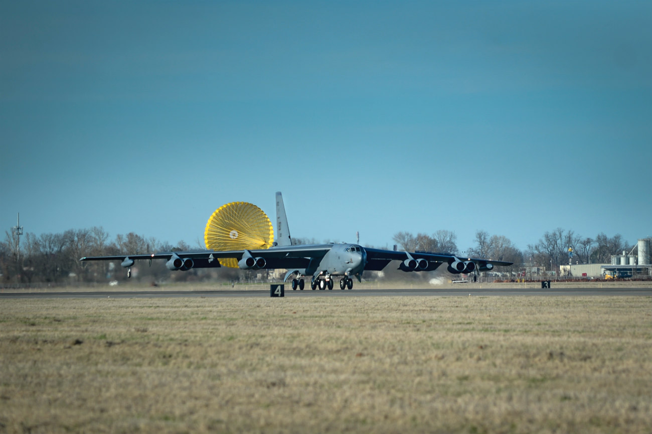 B-52 aircraft deploys parachute