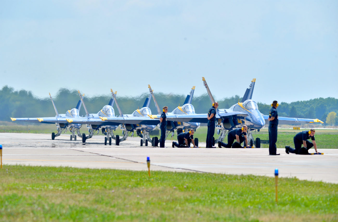 Blue Angels taxi