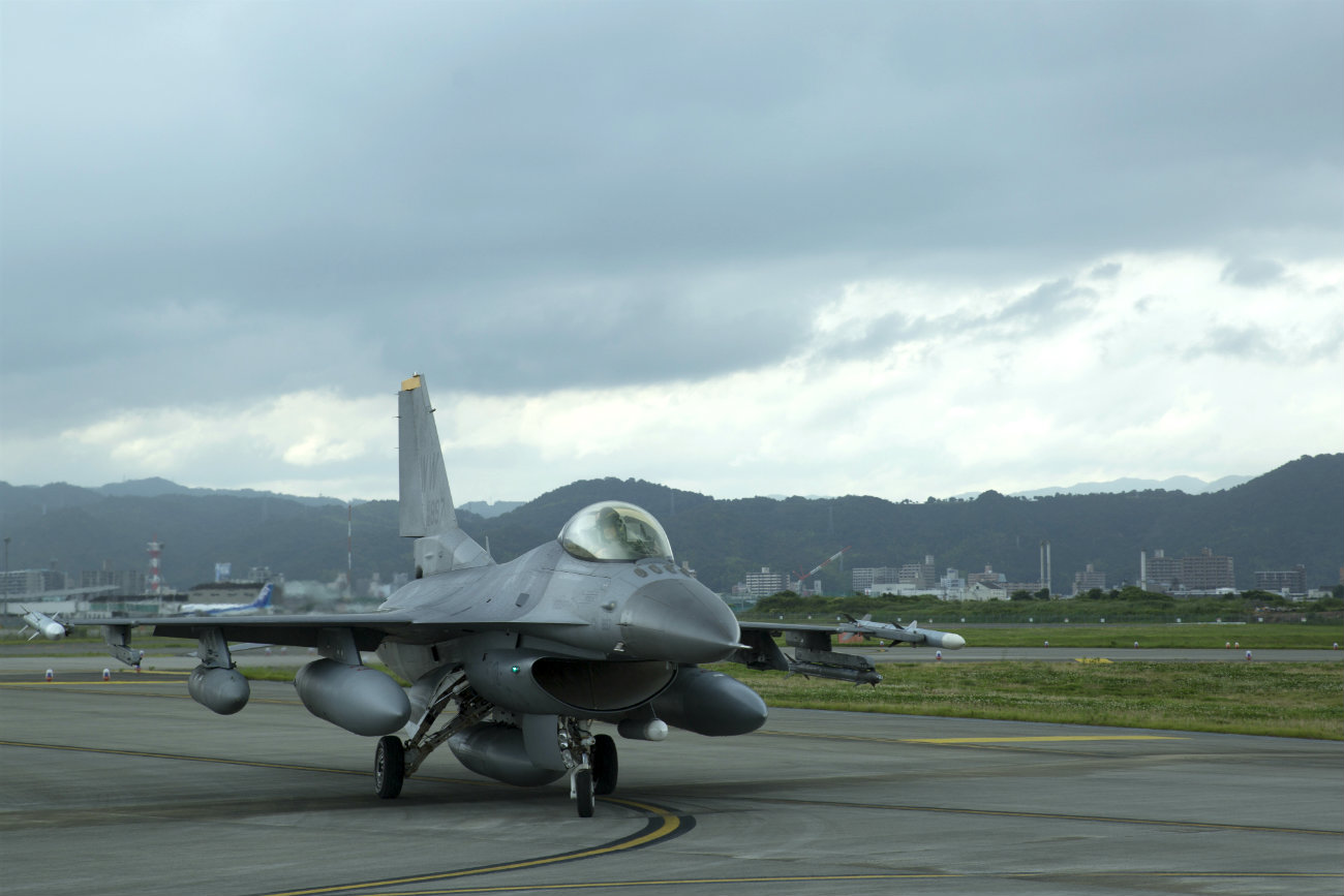 F-16 Aircraft Fighting Falcon parked