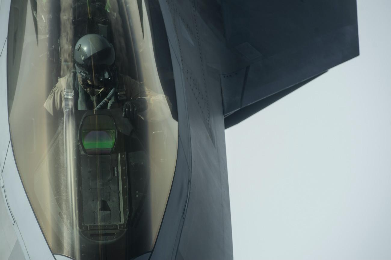 F-22 Raptor Refueling Pilot