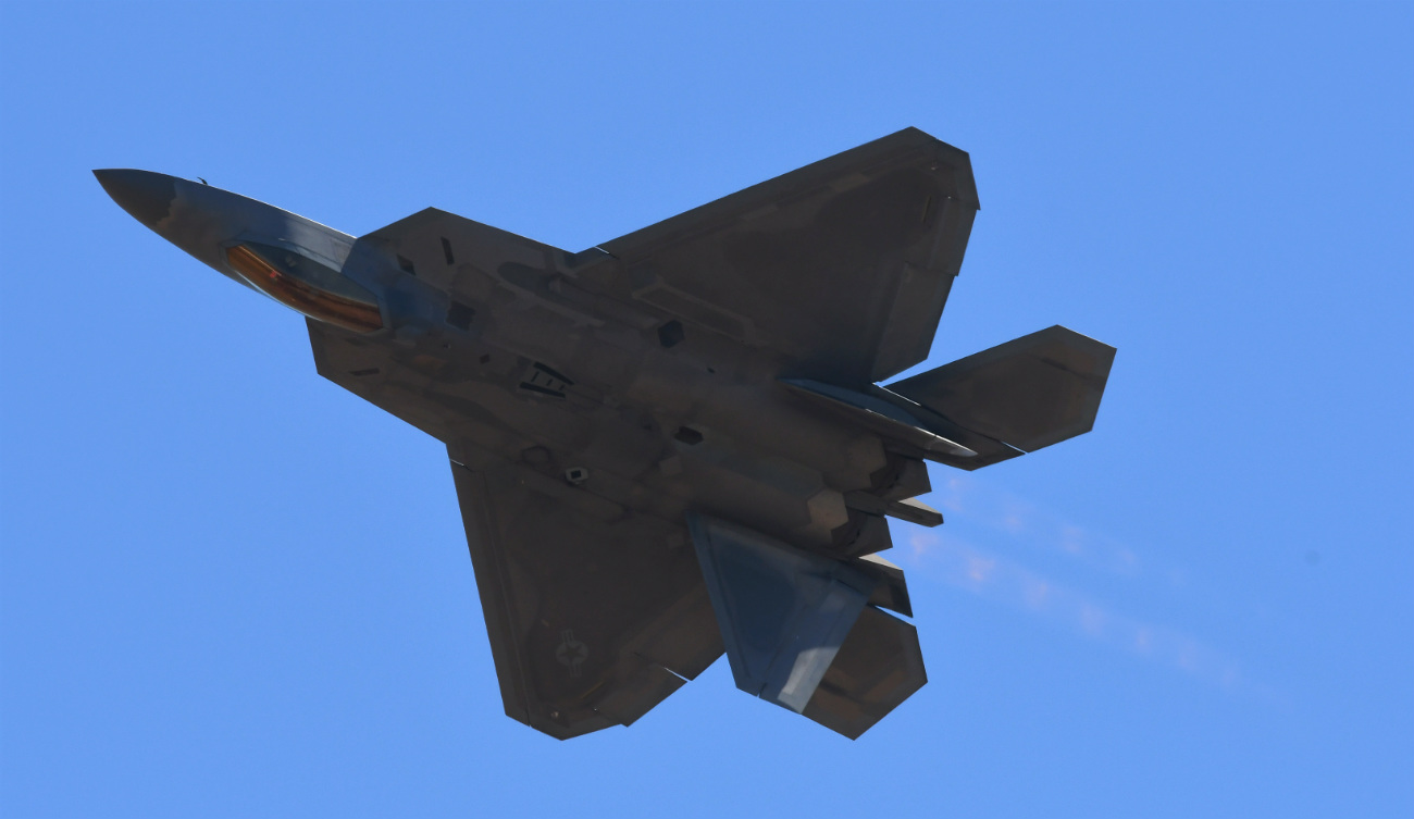 F-22 Raptor maneuverability