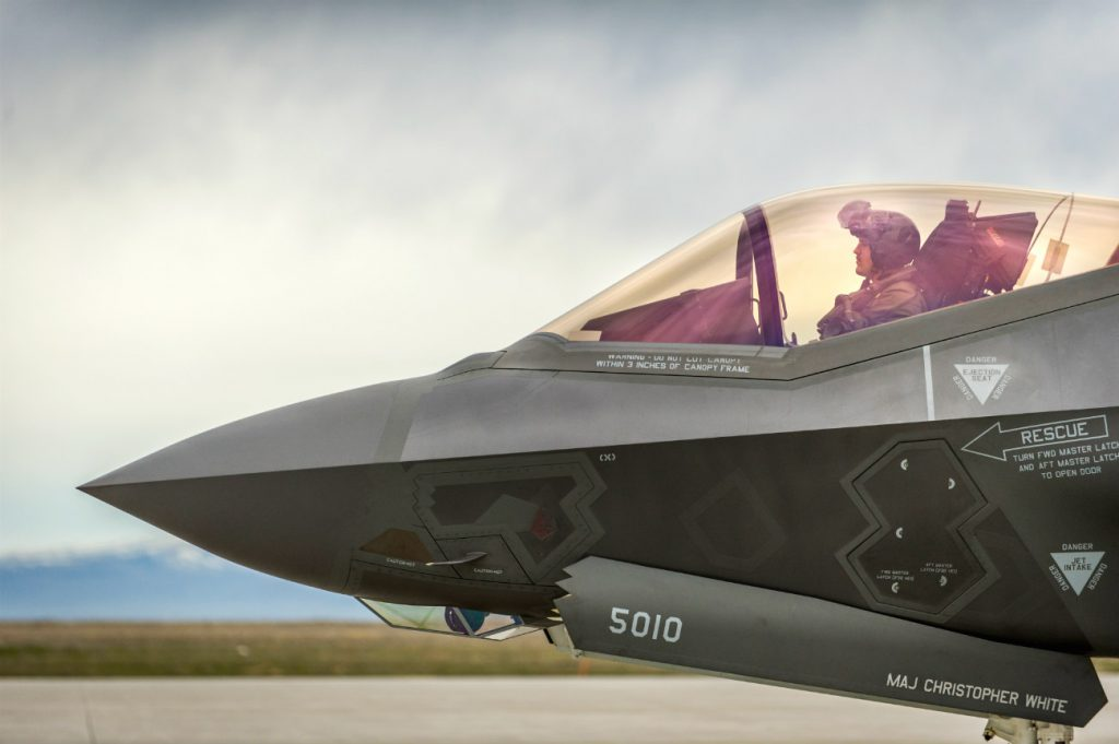 F-35 Pilot Side