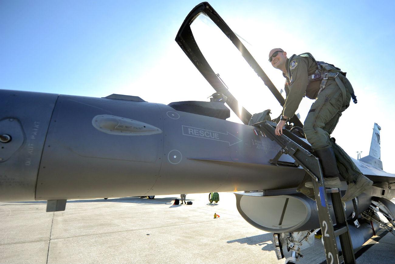 Fighting Falcon Pilot