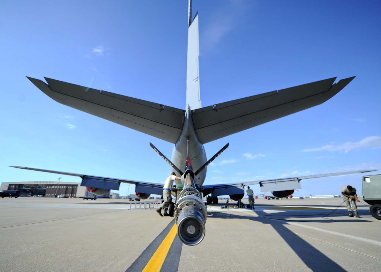 KC-135 images Boom and tail