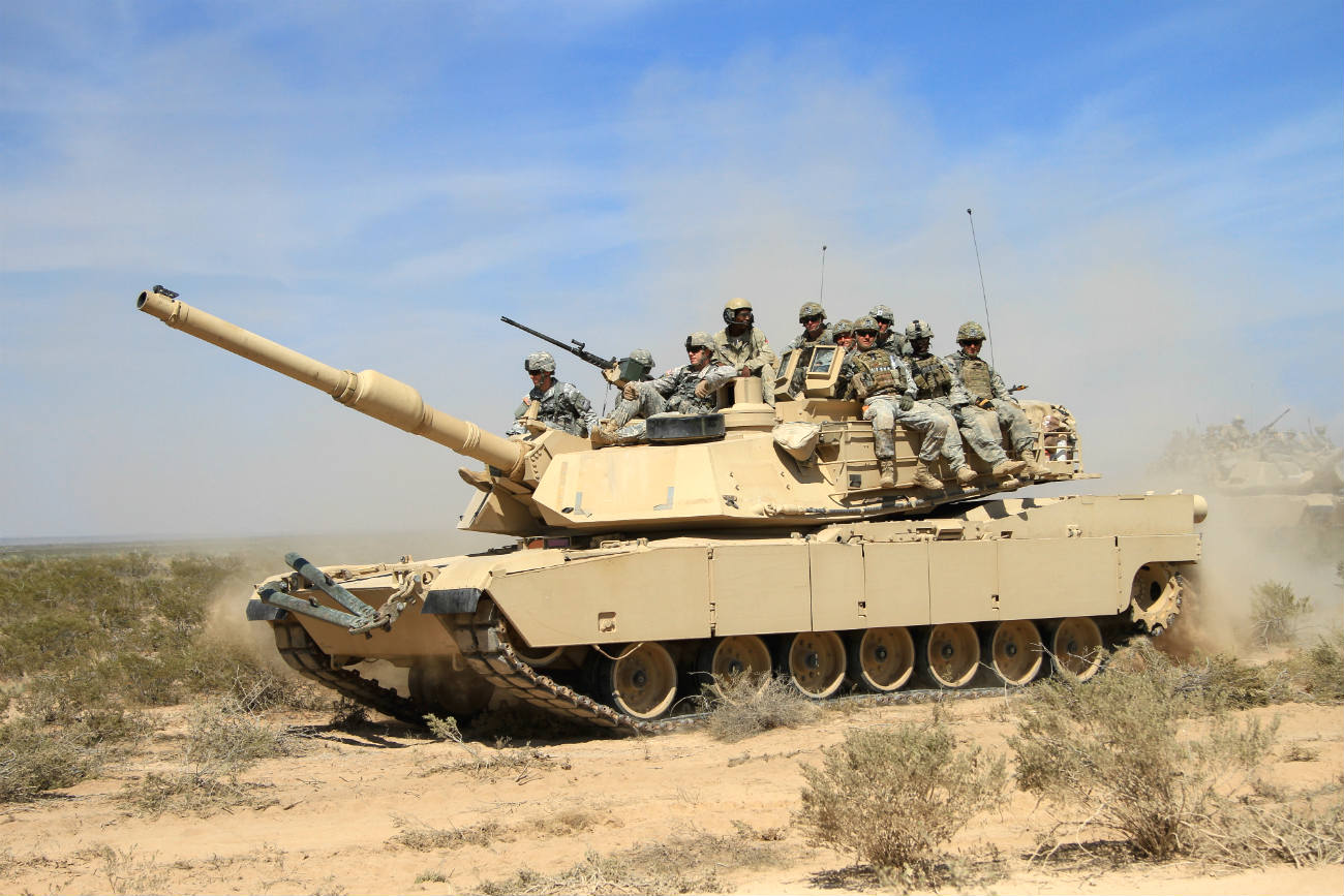 M1 Abrams Soldiers ride