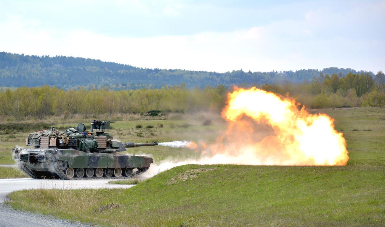 M1 Abrams Tank images firing