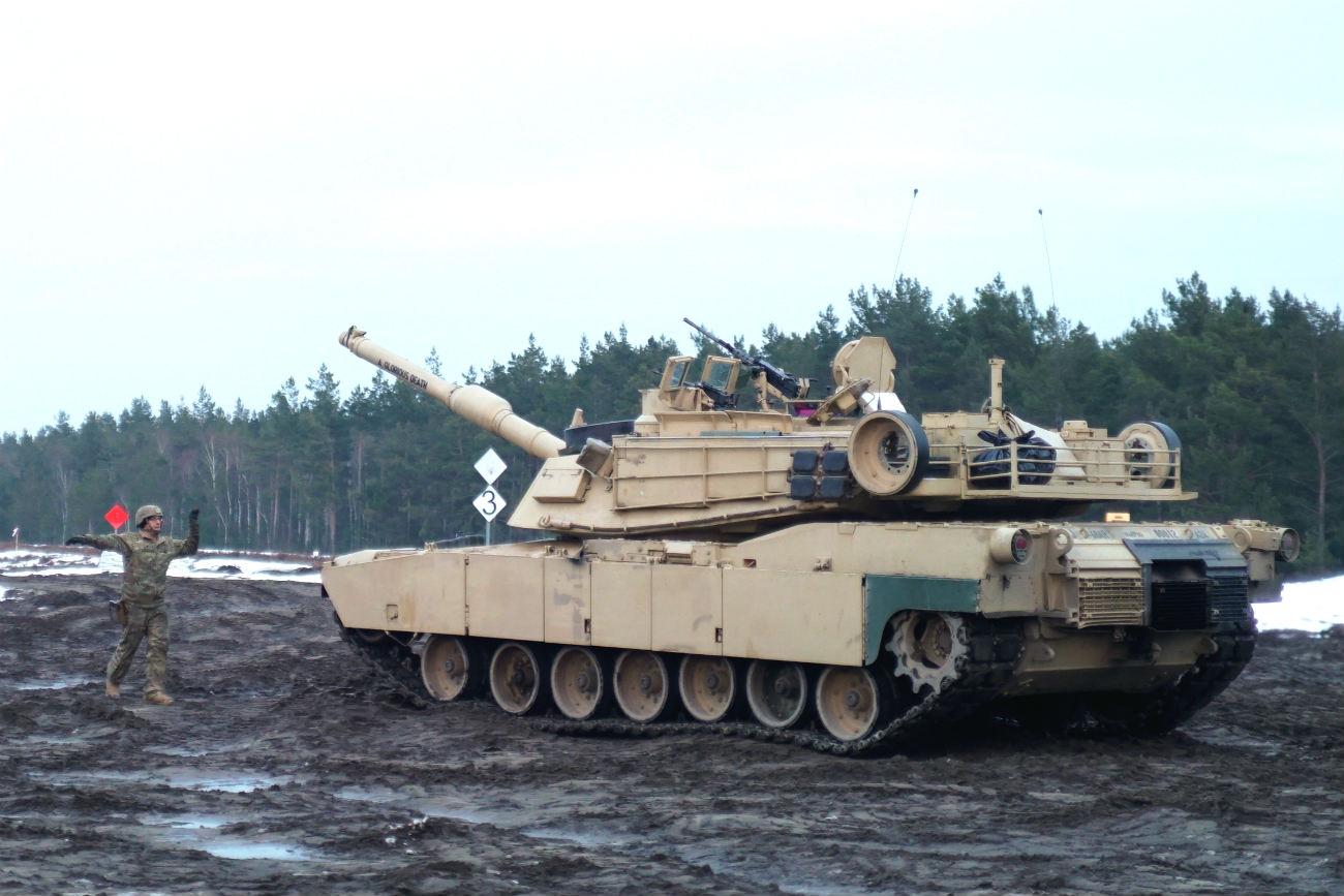 M1 Tank Abrams mud
