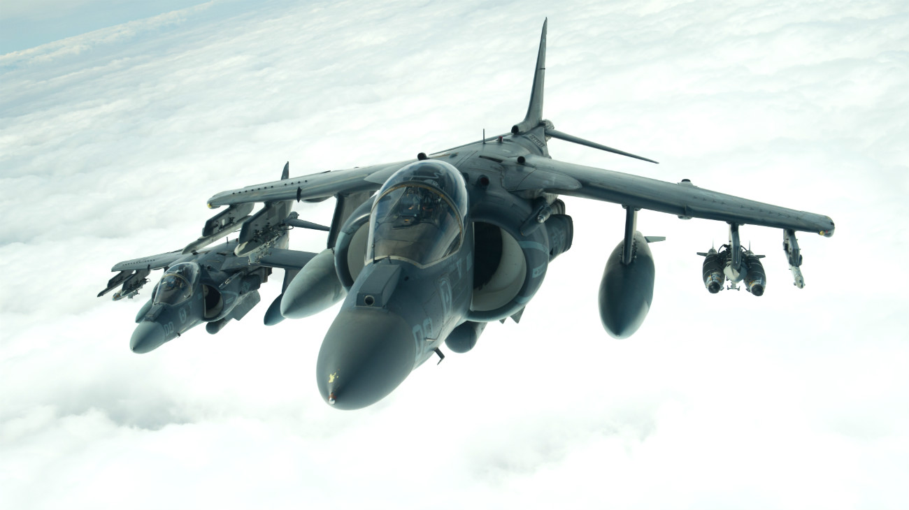 AV 8B Harriers in air