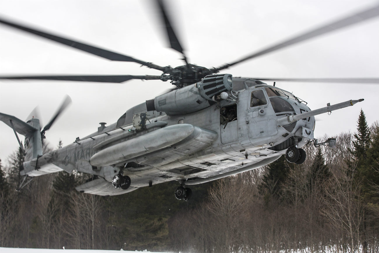 CH-53 Images Sea Stallion Snow Take off