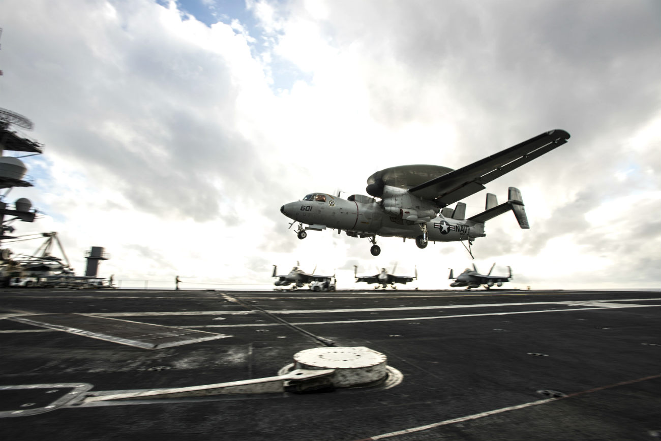 E2 Hawkeye Lands on carrier