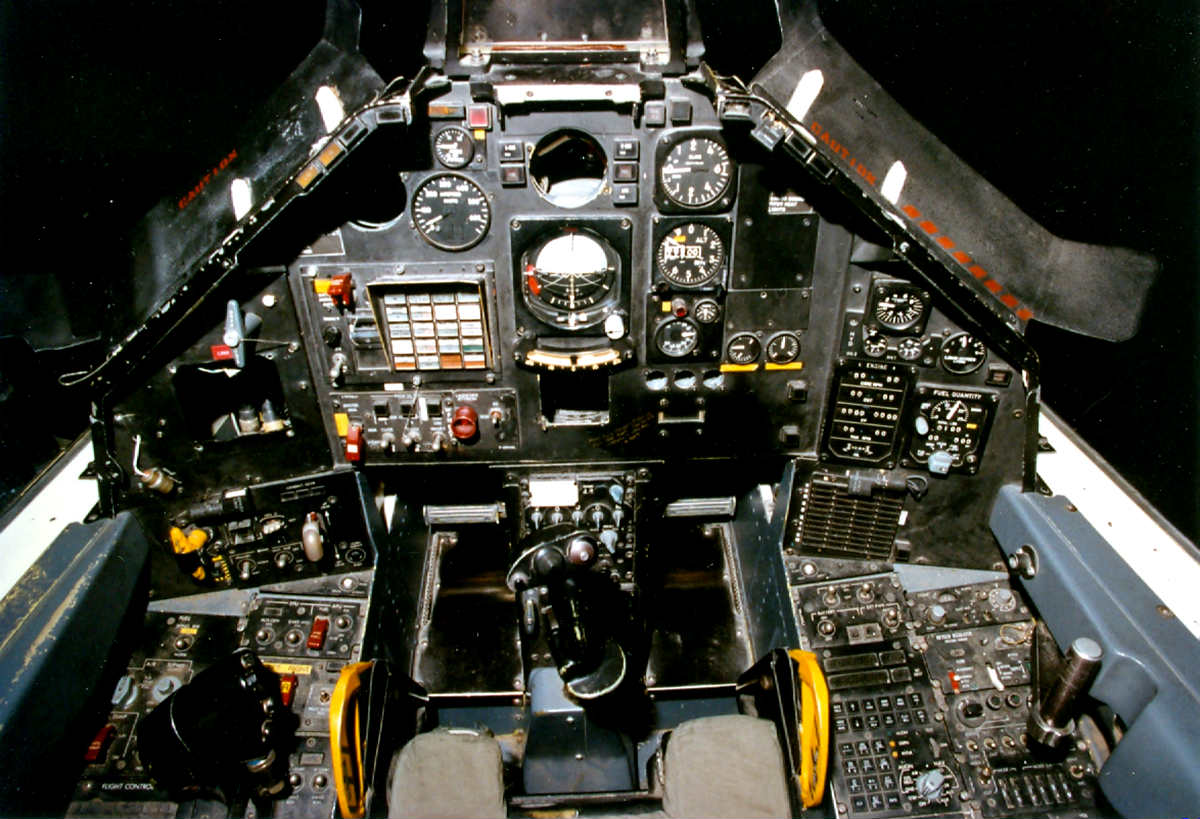 Military Tanks For Sale >> F-117 Nighthawk Cockpit | Military Machine