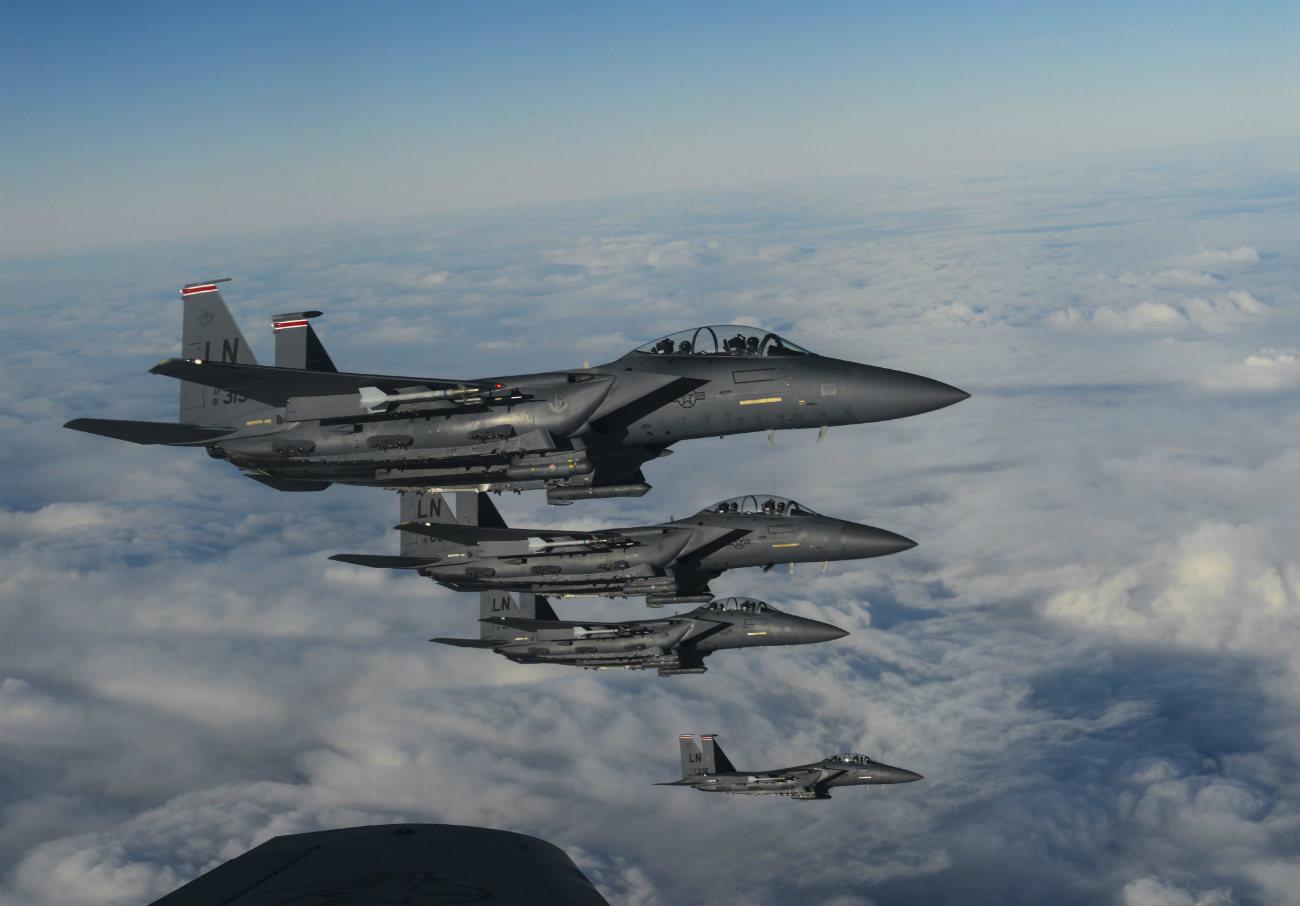 F-15 Eagles Flight crew