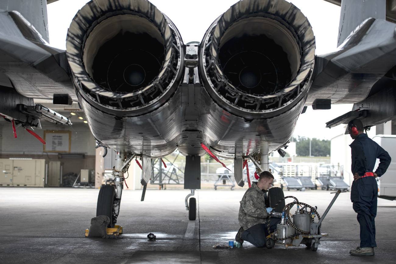 F-15 Eagles engines