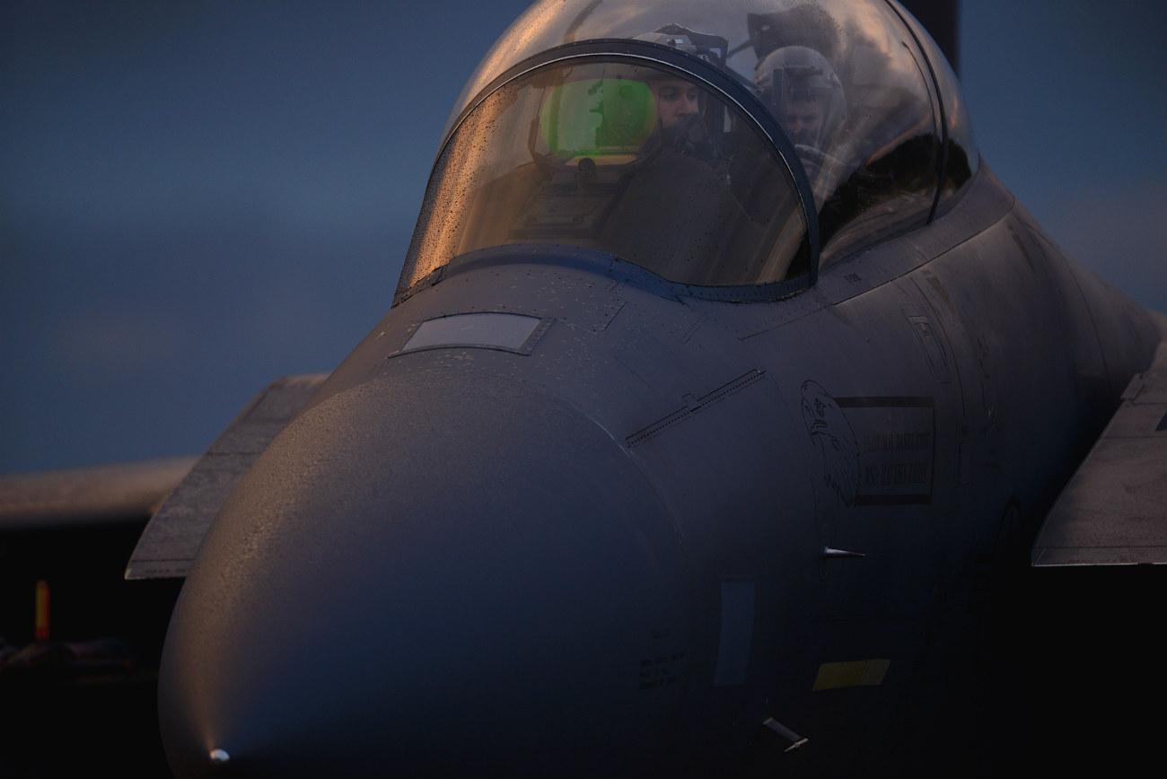 F-15 Eagles jet Pilots