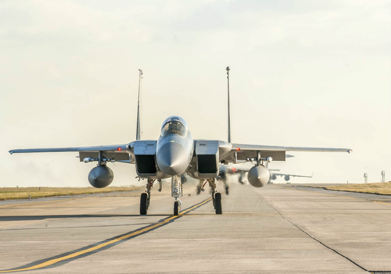 F-15 Eagles Images taxis