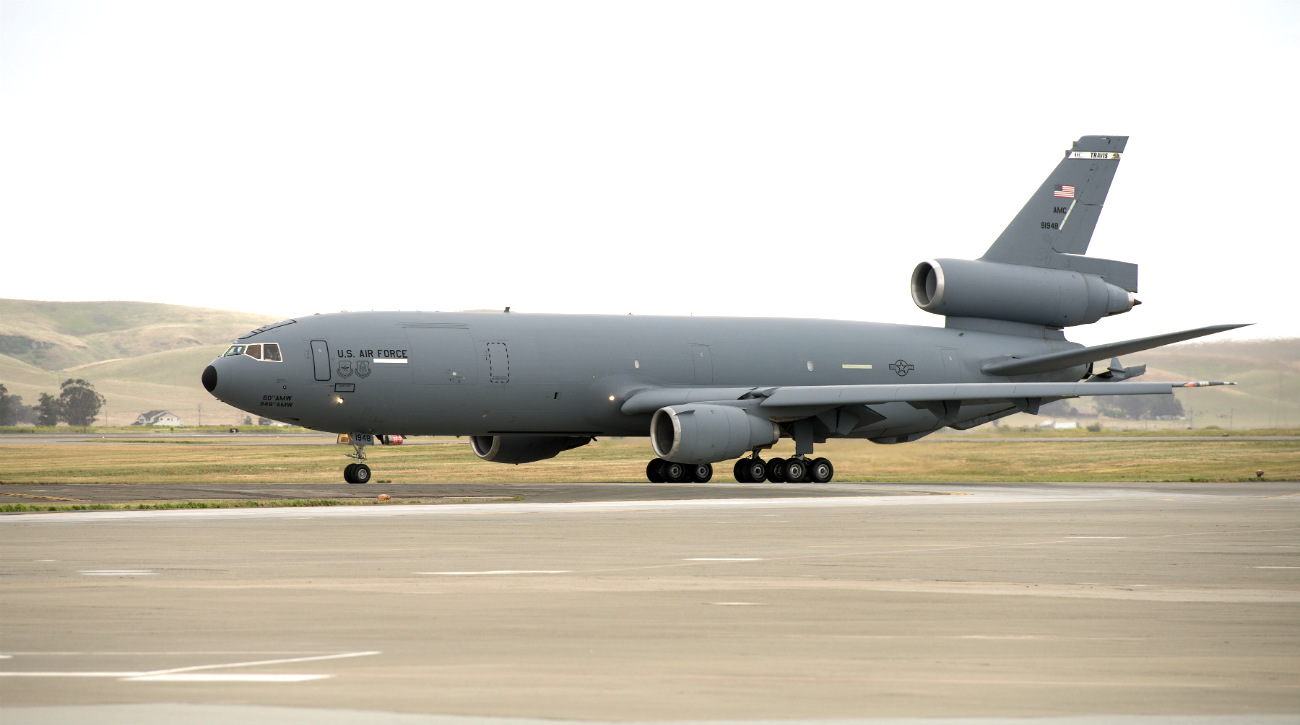 KC-10 images Extender airplane