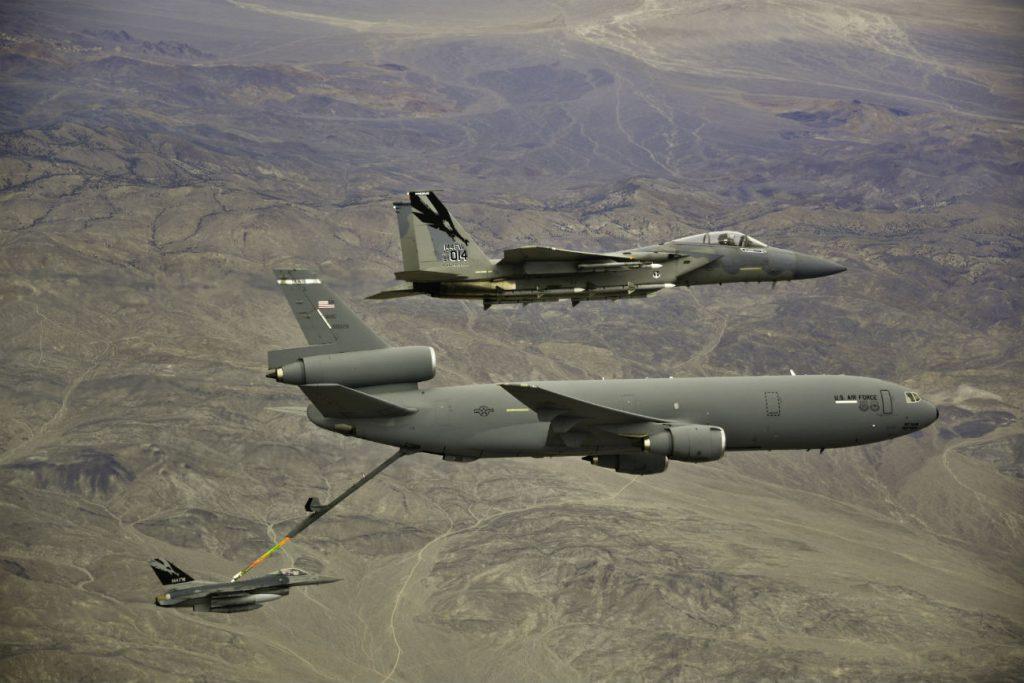 KC-10 Extender refuels