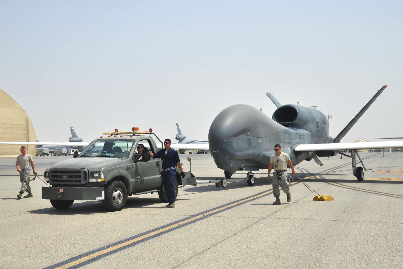 RQ-4 UAV Tow