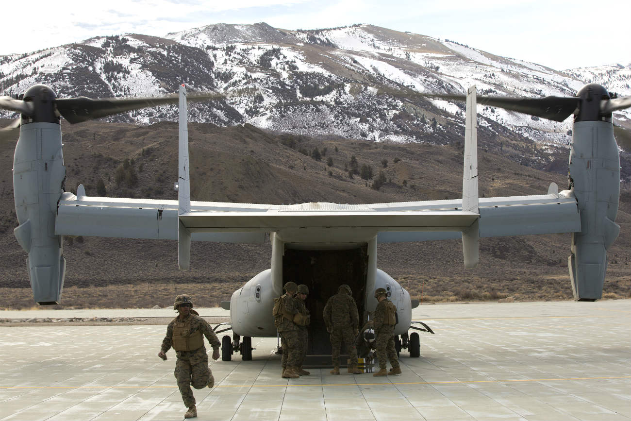 V-22 Osprey tail unload