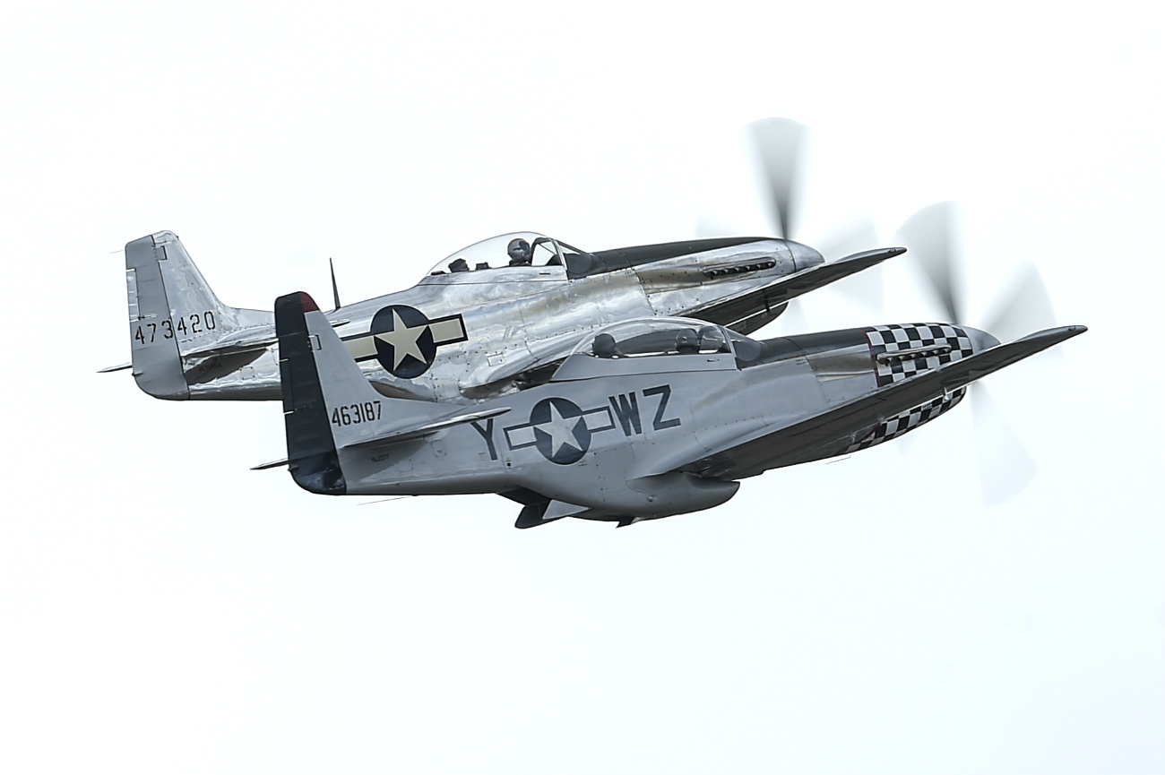 p-51 Mustangs side by side
