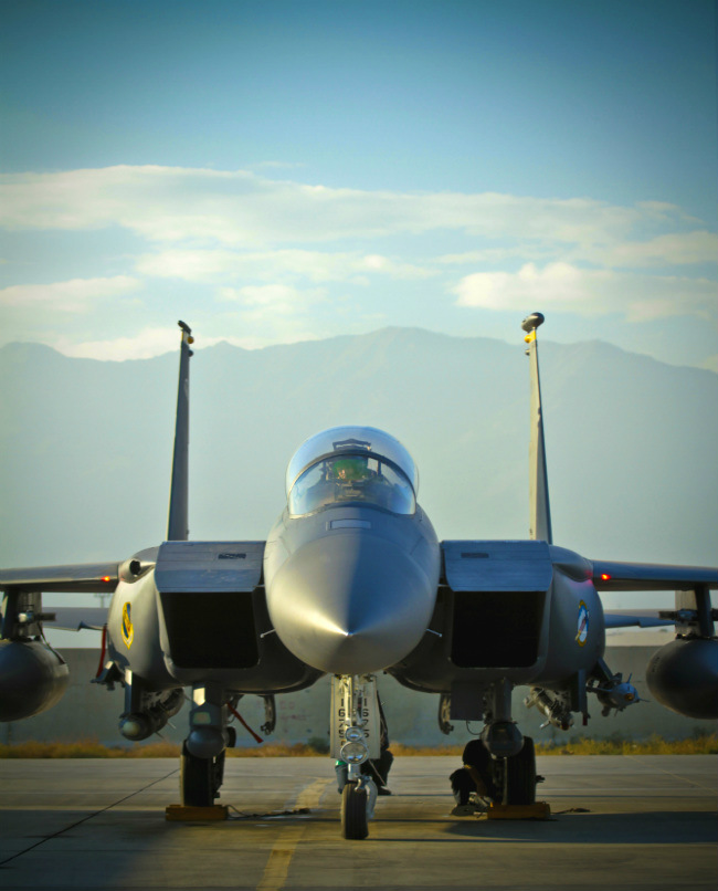 F-15 eagle front1