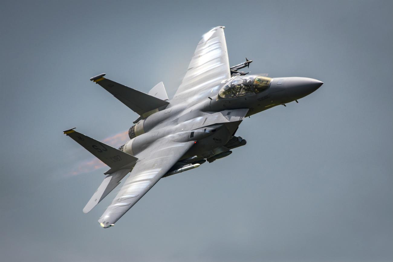 F-15 eagle soars