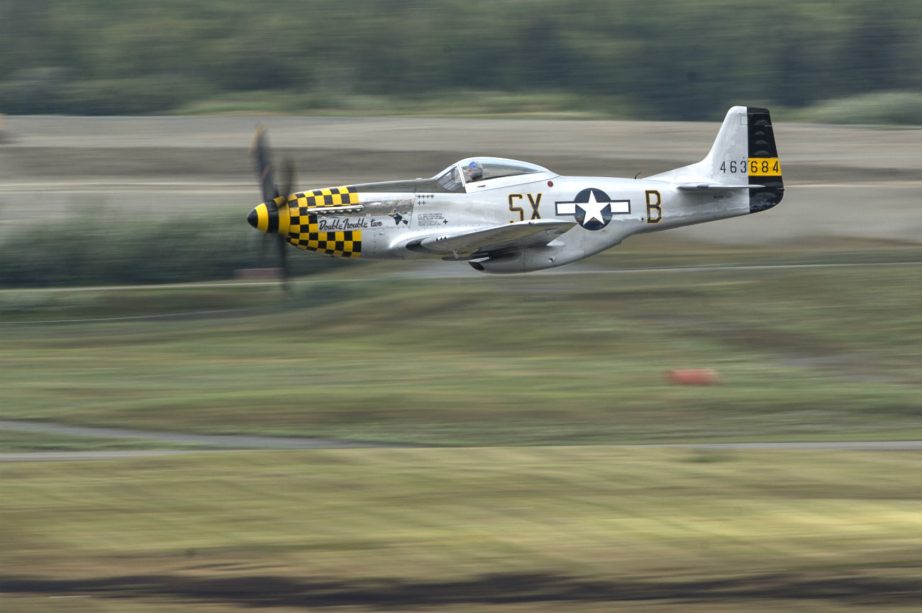 P-51 Mustang images takes off