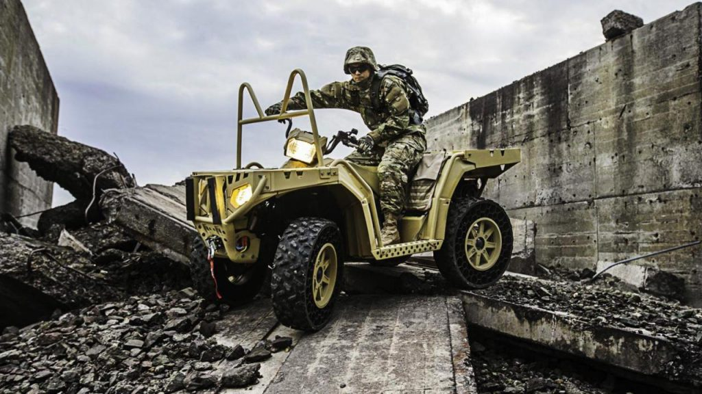Oshkosh Defense Jltv >> Top 10 Military Vehicles Civilians Can Own | Military Machine