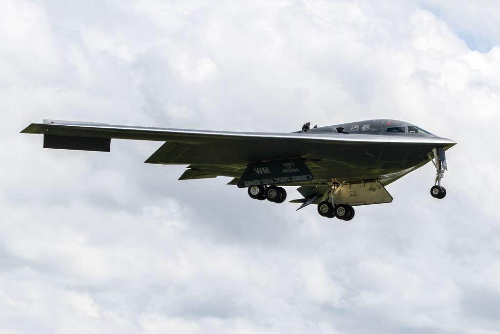 B-2 Spirit Landing
