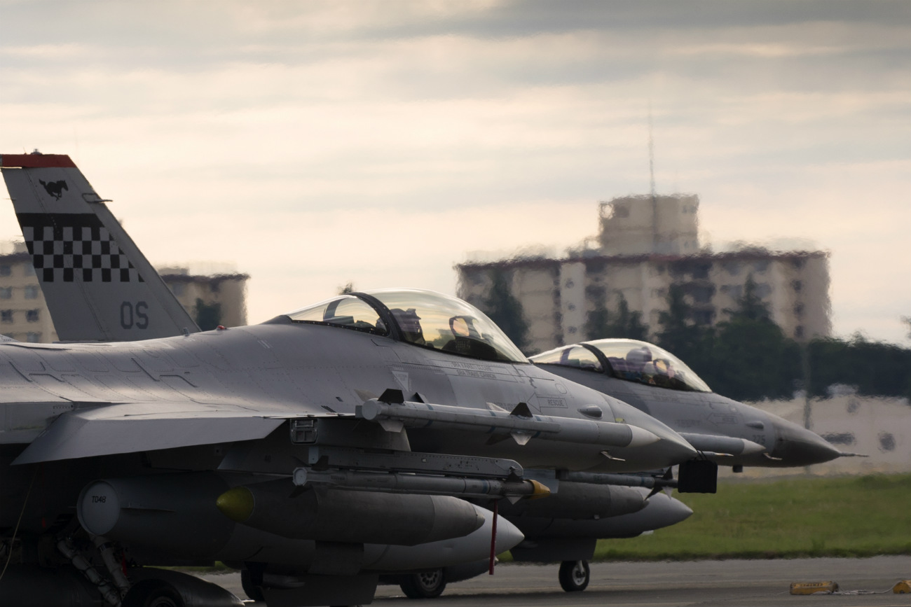 Boeing Military Aircraft - F-16