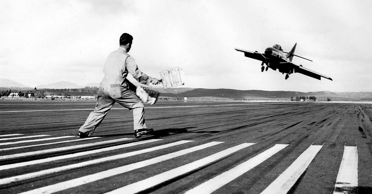 Navy F9F Cougar Landing