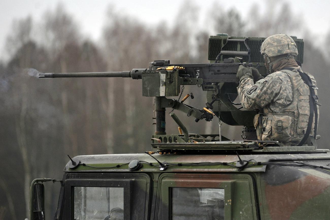 HMMWV - Machine gun ready
