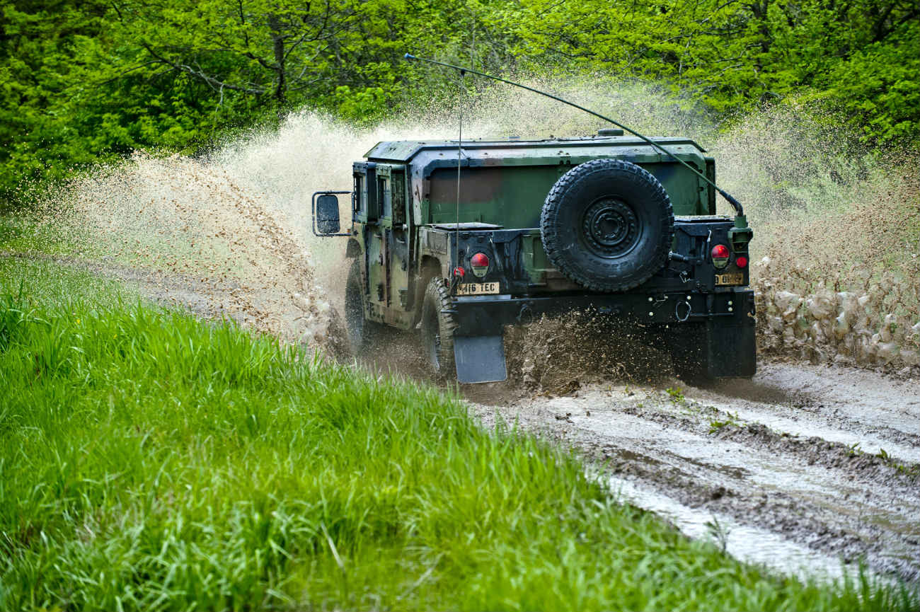 HMMWV - Off-road driving