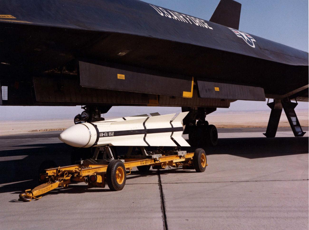 Lockheed YF-12 - Armament AIM-47