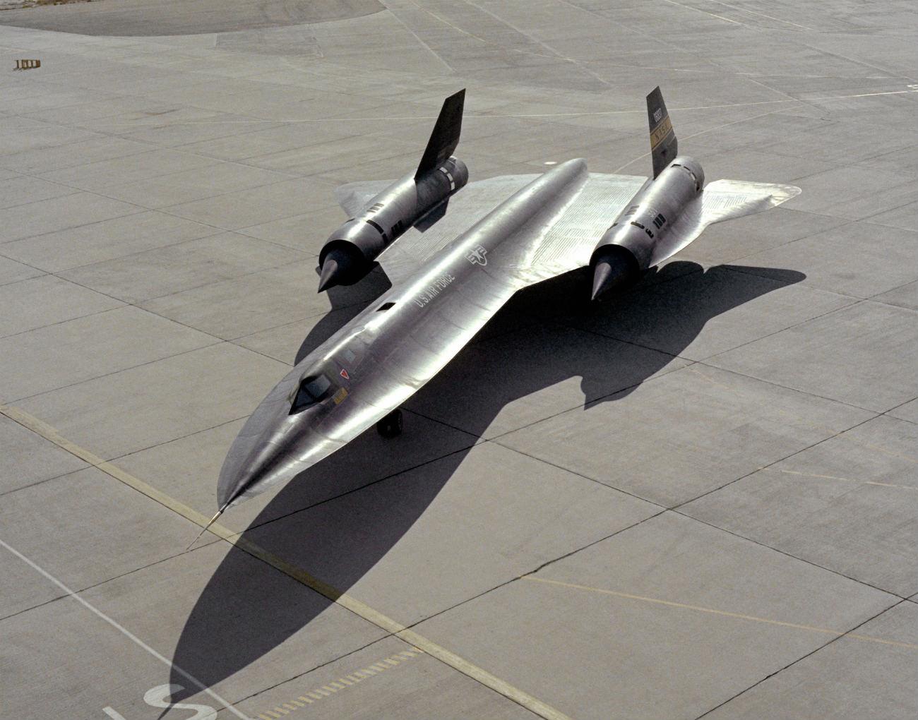 Lockheed YF-12 - On the back ramp. YF-12 images