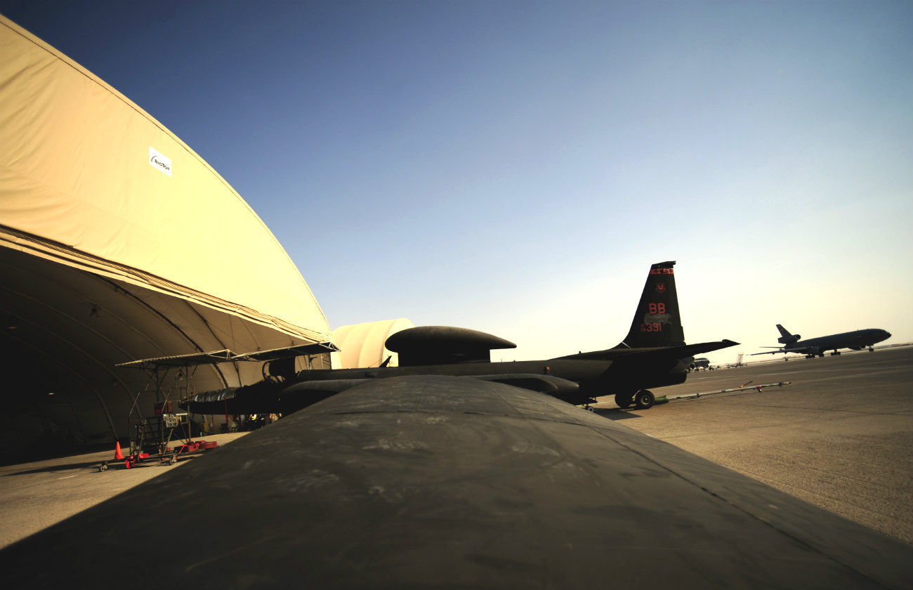 U-2 wing shot