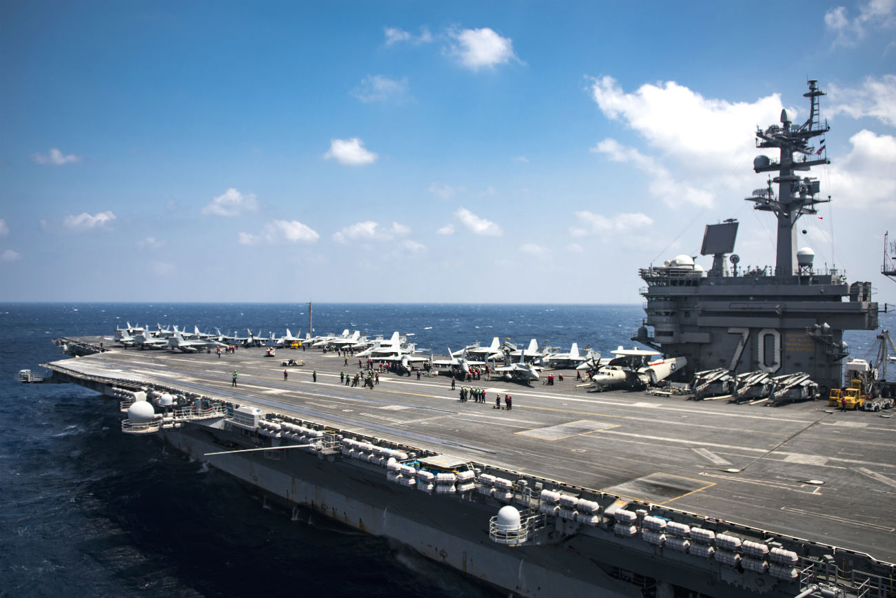 USS Carl vinson US Aircraft Carrier images