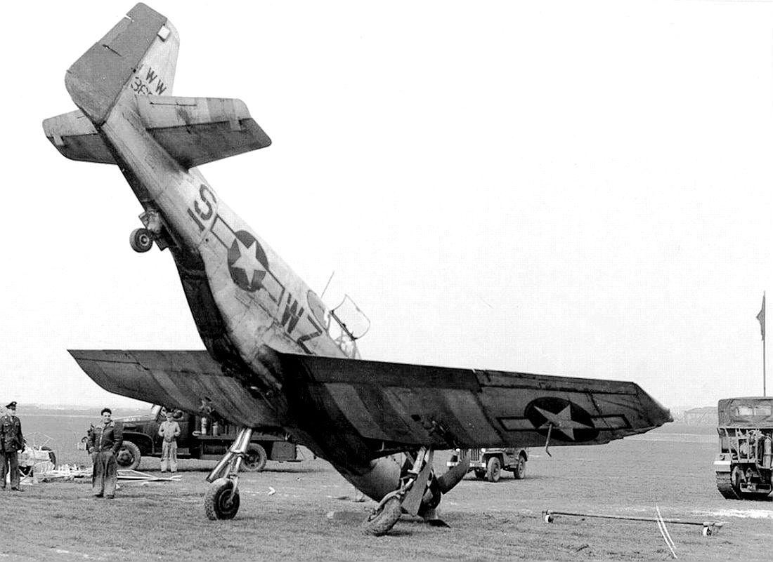 P-51 Mustang Damaged Landing